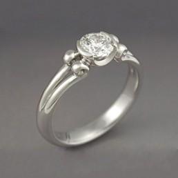 Inel de logodna din aur cu diamant